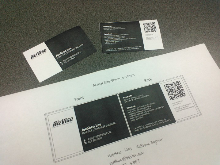Bizvise Business Card White with QR code and Metro Style
