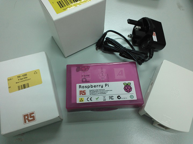 Raspberry Pi Type-B Unboxing